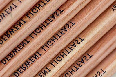 Derwent Derwent colored pencil light fast case