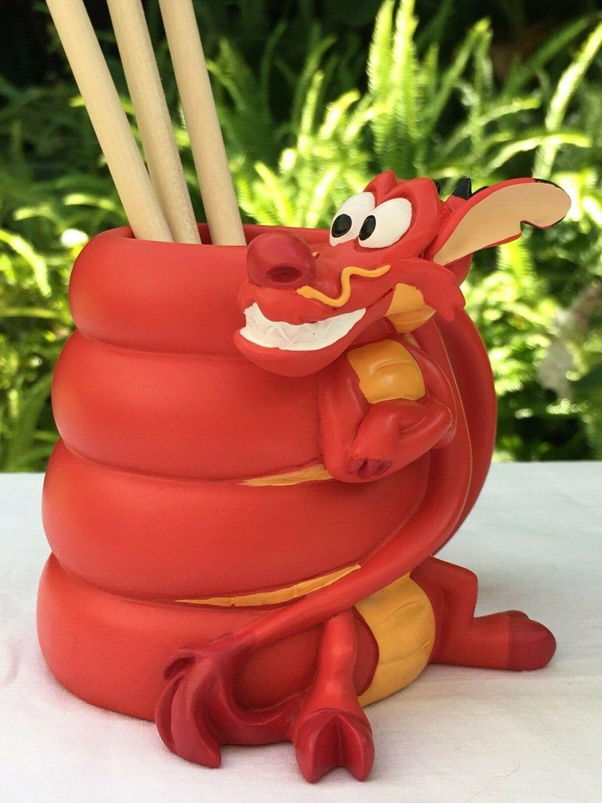 Disney Mushu Pencil Holder Cri-Kee topped Pencils
